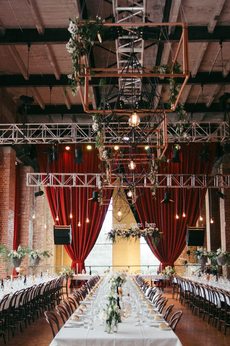 wedding receptions in downtown los angeles%0A A Glamorous Industrial Wedding