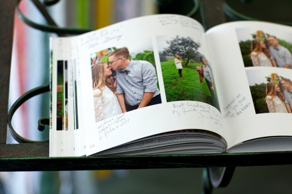 love this idea for a guest book at the wedding, and still incorporate those engagement pics!