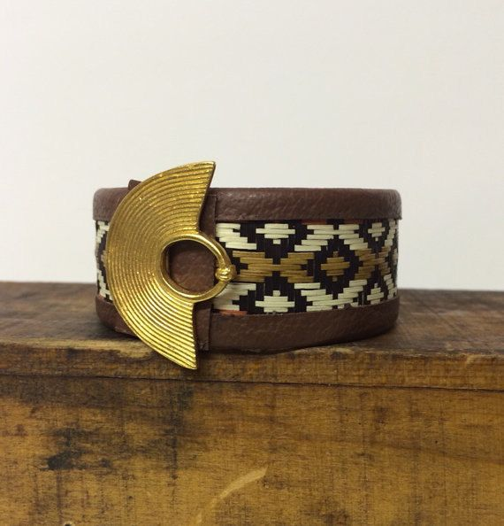 Caña Flecha bracelet adorned with a replica of by thebohemiantrunk