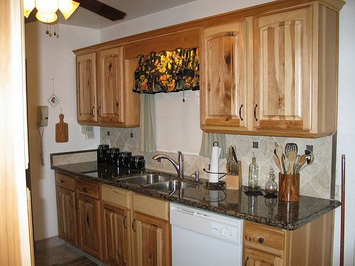 Hickory Kitchen Cabinets Hickory Kitchen And Kitchen Cabinets