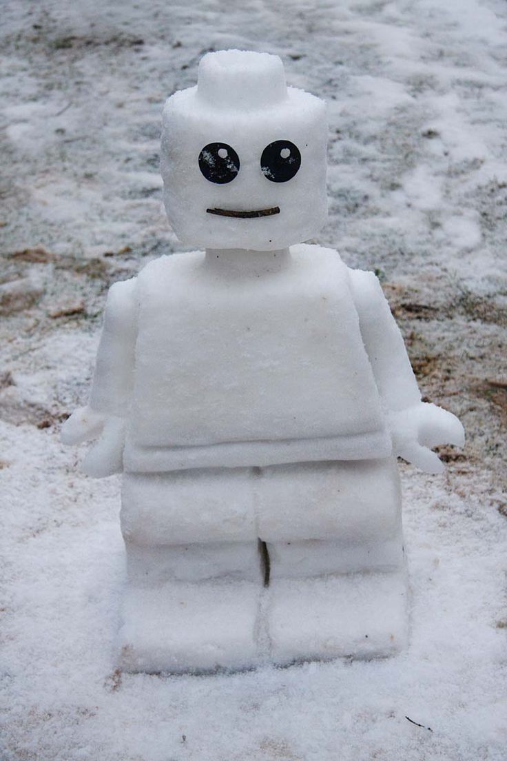 Lego snowman for if we ever actually get snow ever again! Would spray it with food coloring though! The boys would love it!!