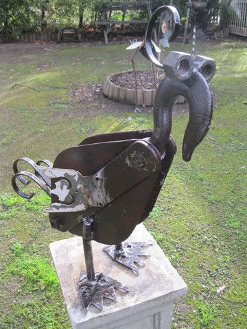 large pulley bird garden sculpture yt art pinterest tr dg rdskonst tr dg rdar och hantverk. Black Bedroom Furniture Sets. Home Design Ideas