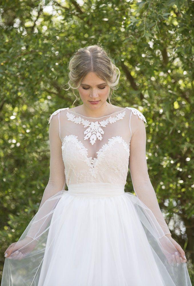 Noemi unique wedding dress boho vintage inspired sleeved for Vintage inspired lace wedding dresses