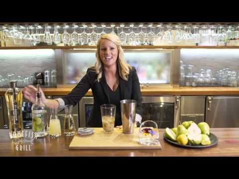 Recipe for Bonefish Grill's Fresh Pear Martini