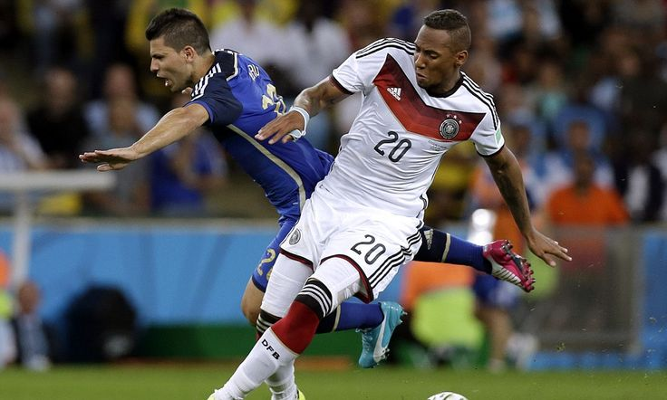 GERMANY 1-0 ARGENTINA PLAYER RATINGS: Schwiensteiger leads by example