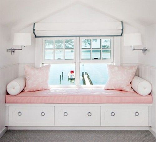 Girl's bedroom window seat. Friday's Favourites: Gallerie B