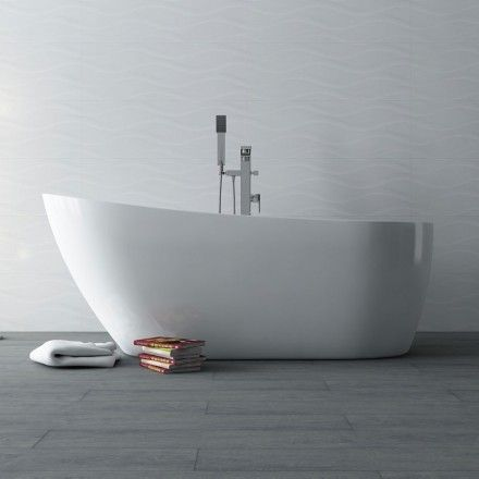 1000 id es sur le th me baignoire acrylique sur pinterest for Mini baignoire ilot