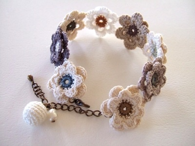 crochet flower motif bracelet. Enlace japones . Solo inspiración Teresa Restegui http://www.pinterest.com/teretegui/