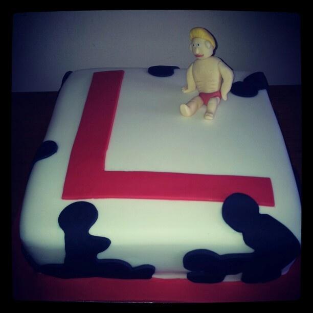 Hen do \u0027L\u0027 plate cake & 64 best Stag \u0026 Hen Cakes images on Pinterest | Single men Postres ...