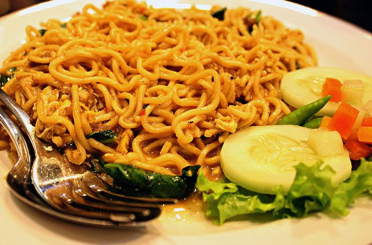 to continue read indonesian culinary recipes please visit http://www.maesriady-culinary.com/2015/01/aceh-noodle-fried-tasty-and-delicious.html