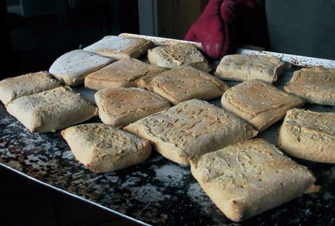 Survial Voedsel 101 – Scheepsbeschuit wat je zelf kunt maken! Inclusief recept... :)