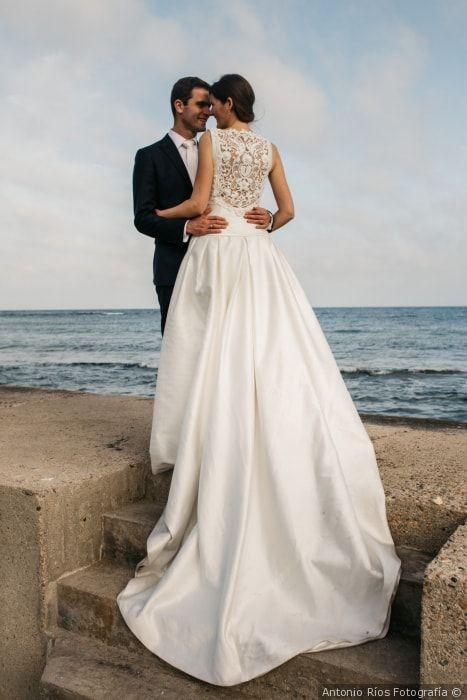 Las fotos de pareja más bonitas  #wedding #bodas #boda #bodasnet #decoración #decorationideas #decoration #weddings #inspiracion #inspiration #photooftheday #love #beautiful #bride #groom #awesome