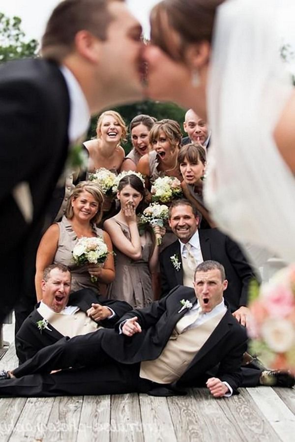 20 Funny Wedding Photo Ideas With Your Bridesmaids And Groomsmen Bridesmaids Photos Funny Wedding Photos Funny Wedding Poses