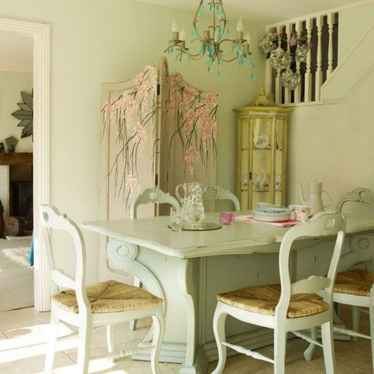 Create A Shabby Chic Dining Room Style Check more at http://www.wearefound.com/create-a-shabby-chic-dining-room-style/