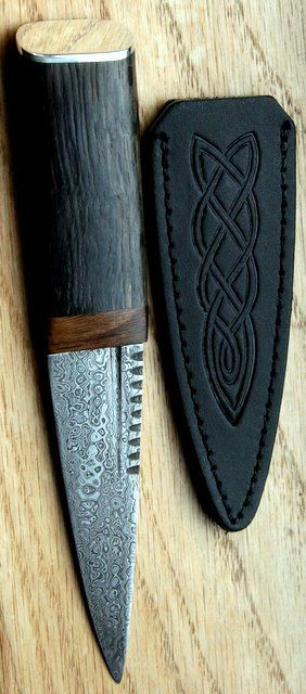 Comrie Crafts Bog Oak Sgian Dubh with Damascus Steel.