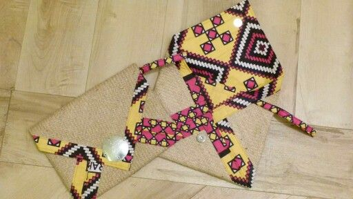 Porta tablet hand made. Creati cin coloratissimi kanga e sacchi del caffè