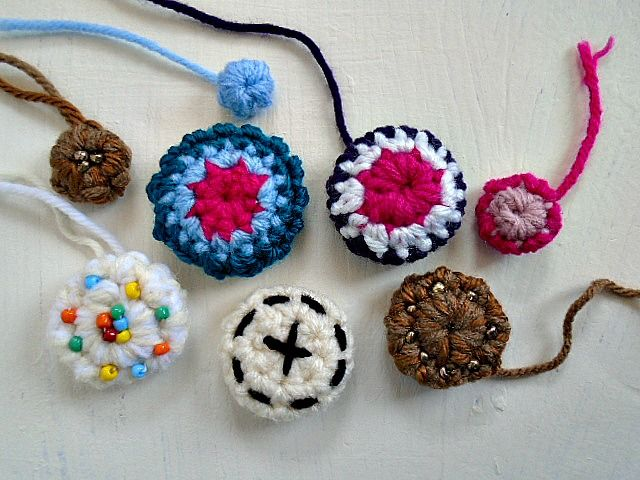 How to crochet Buttons | Free Crochet Pattern | Guest Contributor Post on myhobbyiscrochet.com