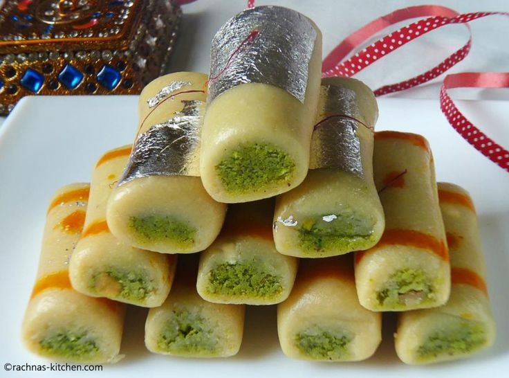 Cashew Pistachio Fudge Roll | Kaju Pista Roll
