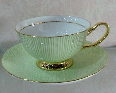 Shape rather than color Google Image Result for http://www.bombayharbor.com/productImage/0205763001300765509/Porcelain_Tea_Sets.jpg