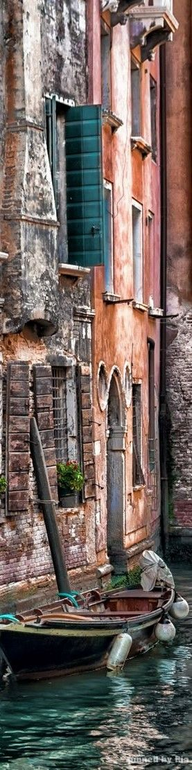 Faded colors of Italy-what happens when the brights fade from the sun