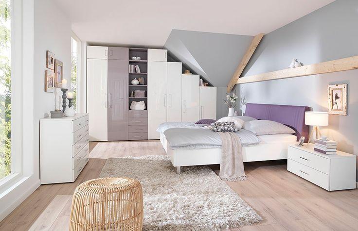 Wohnen Mit Dachschragen In Unserem Mobel Magazin Verraten Wir Dir Praktische Tipps Wie Du Einen Raum Am Besten N Komplettes Schlafzimmer Wohnen Schlafzimmer