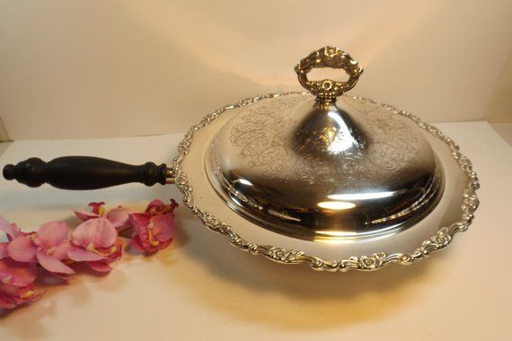Sale Delightful Silver plated bowl long handle and lid by ONEIDA USA Kitchen Serving Wedding Gift Dish  Frying Pan Ornate Rim Gift