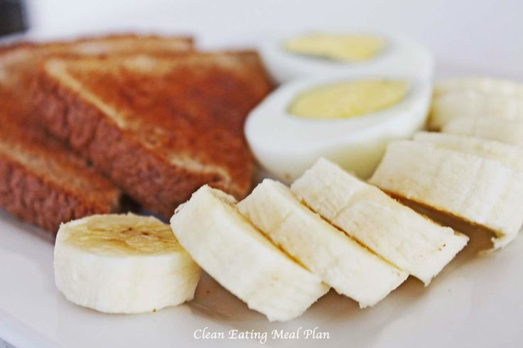 Clean Eating Breakfast Idea: whole wheat toast with hard boiled eggs and banana. (Picture via Clean Eating Weight Loss Meal Plan) Click pin for free daily clean eating and weight loss meal plans. Enjoy the food and fitness! #cleaneatingdiet #cleaneatingrecipes #weightlossmealplan