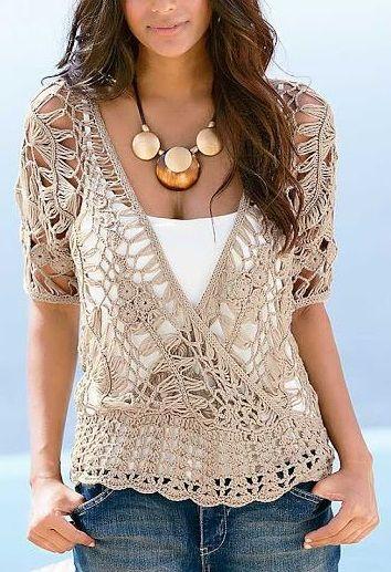 So pretty! Love this knit top