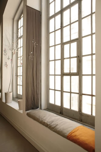 Window Seat Follow with style - http://pinterest.com /ImStyle