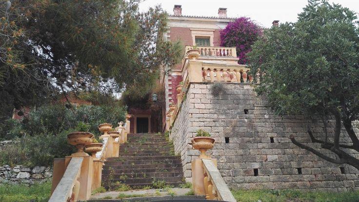 Poros, La Villa Galieni