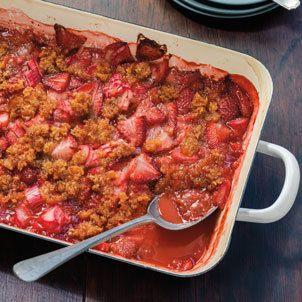 Strawberry-Rhubarb Brown Betty Recipe   Williams Sonoma Taste http://blog.williams-sonoma.com/strawberry-rhubarb-brown-betty-recipe/?utm_campaign=crowdfire&utm_content=crowdfire&utm_medium=social&utm_source=pinterest