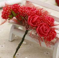 Rose artificiali lotto da 12 pezzi, disponibile in diversi colori. http://s.click.aliexpress.com/e/6EMFuvj