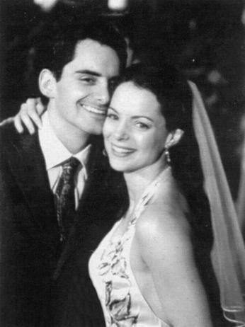 """Brad Paisley and Kimberly Williams Paisley This couple's story is really adorable. After seeing her in """"Father of the Bride,"""" Brad decided to hire Kimberly to be in one of his music videos because he wanted to meet her. And they hit it off! The couple got married in 2003 and now have two kids -- Huck and Jasper. We also think it's very romantic that Brad wrote """"Little Moments"""" about his wife, who these days can be found on the small screen in """"Nashville."""""""
