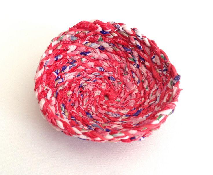 Italian fruit wrapper rope and raffia, 2014