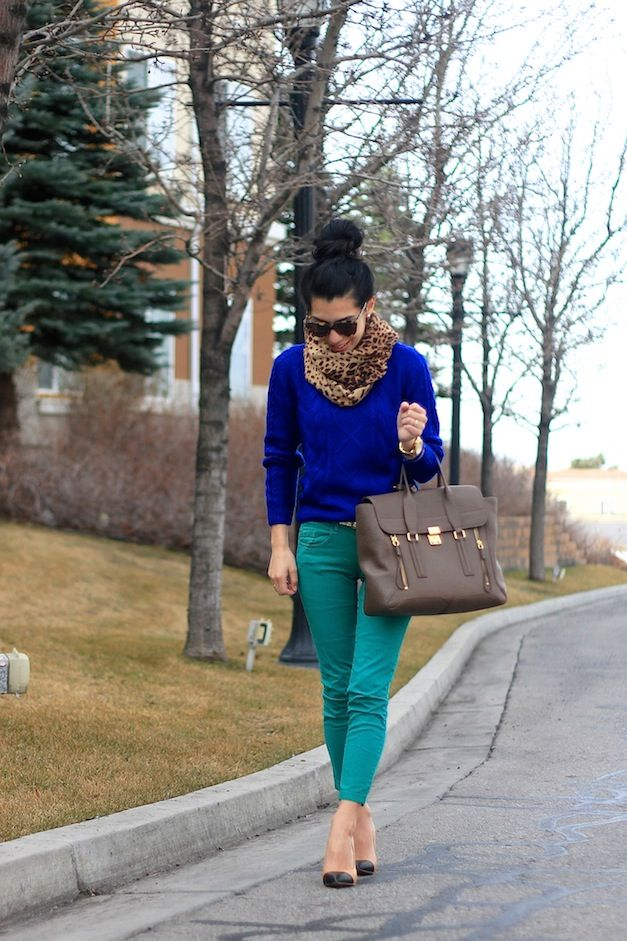| Sweater: H | Pants: Zara | Heels: Zara | Scarf: Old Navy | Bag: 3.1 Phillip Lim |