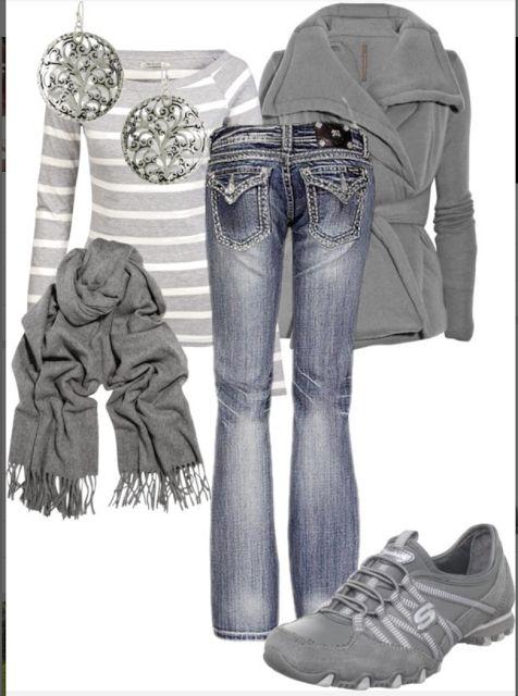 LOLO Moda: Stylish casual fashion - I have those shoes and love them!