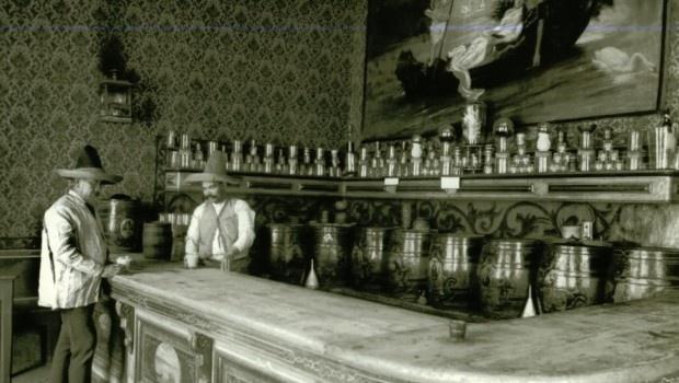 pulcata, pueblo tlachiquero, San Mateo de Ozolco, EL pulque es una de las bebidas con mayor historia de nuestro país. Desde la época prehispánica ha sido tributo a dioses    A principios del siglo XX las pulquerías se hicieron muy populares entre la clase baja...