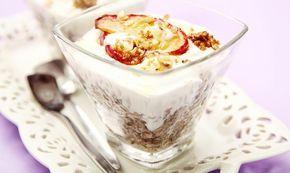 Věřte z pohanky chutně a zdravě: Připravte si tuto verzi s jogurtem, jablkem, skořicí a ořechy, nebudete litovat! Tesco Recepty - vaše čerstvá inspirace.