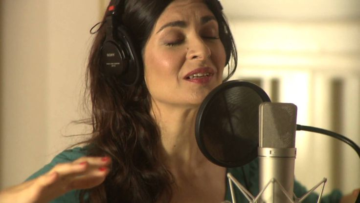 Soledad Villamil Videoclip La canción y el poema. Album: Morir de amor