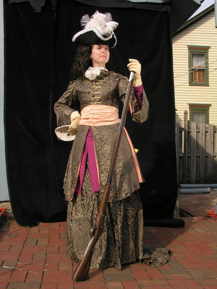 Women's riding outfit - Roxanne, Act IV