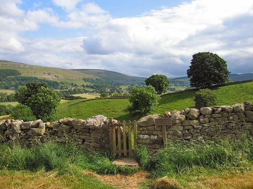 The Yorkshire Dales    By Tall Guy