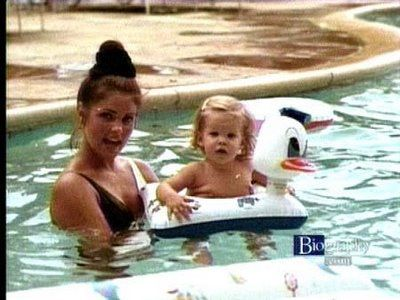.Priscilla and Lisa Marie Presley