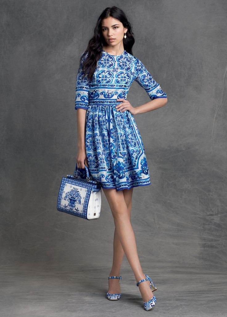 Dolce & Gabbana | Pre-Fall 2015 - LOVE the blue and white #DGMajolica print!