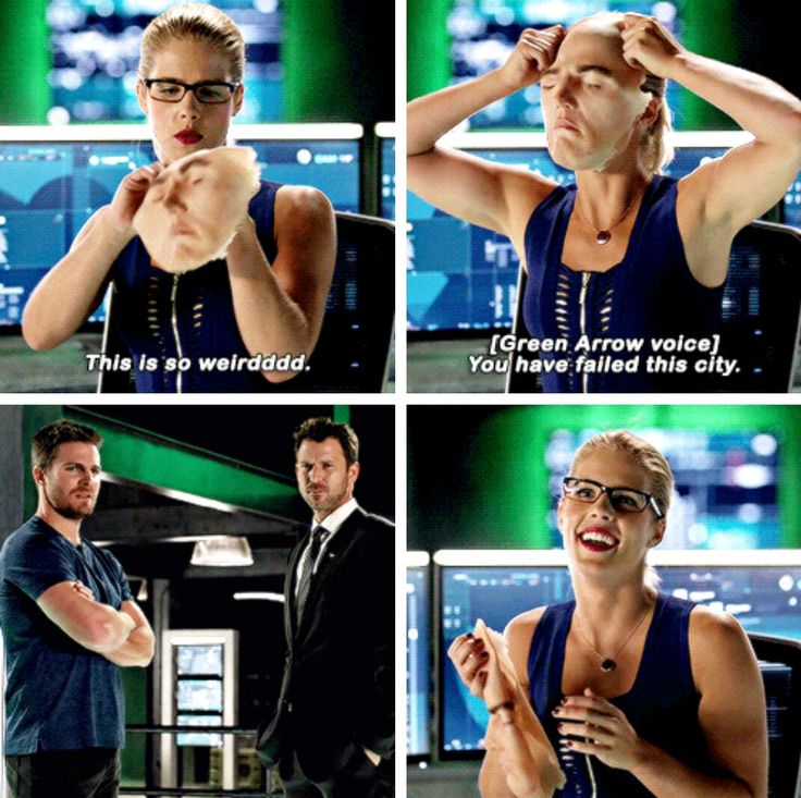 """This is so weirdddd"" - Best.Felicity.EVER! #Arrow"