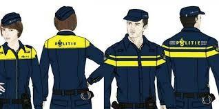 Functioneel kleurgebruik: politie agenten = blauw uniform