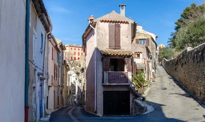 http://www.la-provence-verte.net/decouvrir/la-verdiere.php