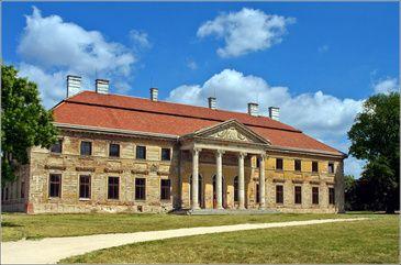 Cziráky Villa - Lovasberény, Hungary