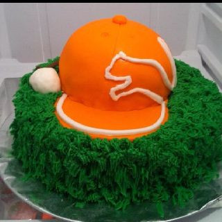 A Rickie Fowler cake? We love it! #rickiefowler #pumagolf