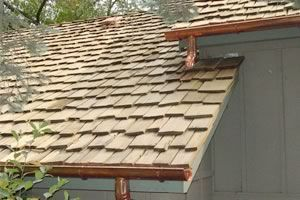 Best Cedar Shake Roof Maintenance Repair Vancouver Wa By Northwest Roof Maintenance Cedar Shake 400 x 300