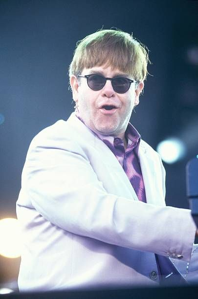 Who Is Elton John Dating Tayo Chords
